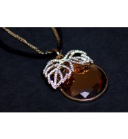 Brown Apple Vintage Pendant Necklace